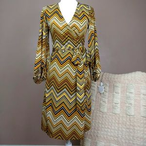 Zigzag Mustard Wrap Dress with Balloon Sleeves B5